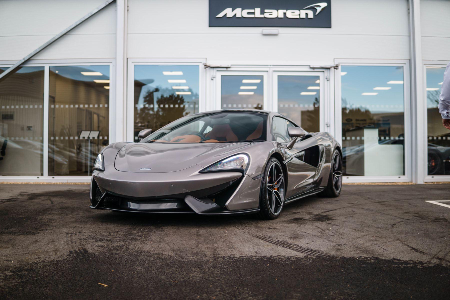 McLaren 570GT 3.8 COUPE Automatic 3 door Coupe (2017) image